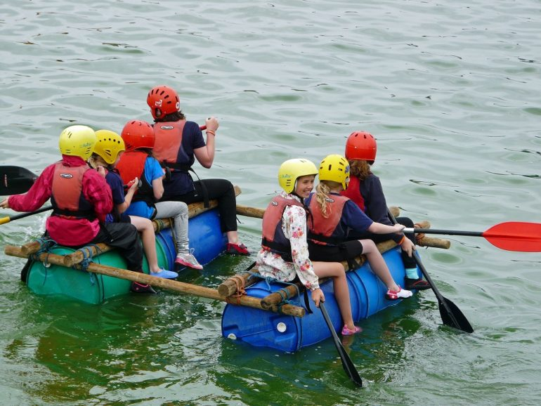 Strange rafts