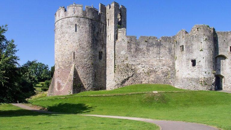 castle lawn