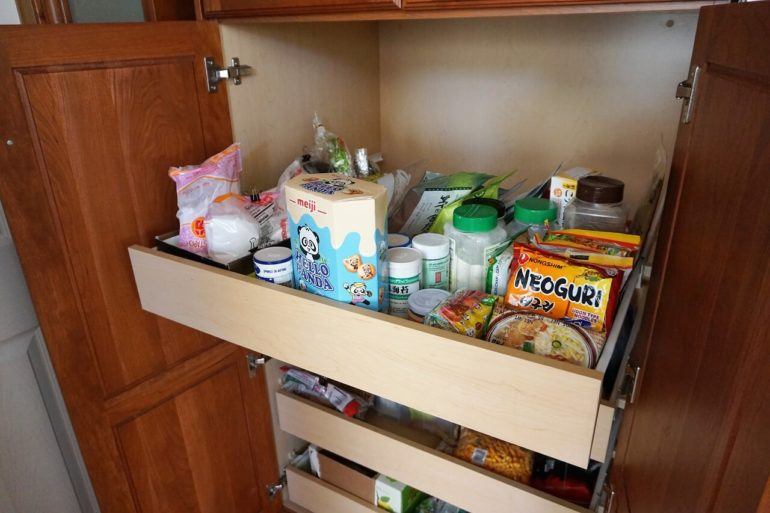 pullout pantry drawers