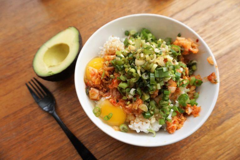 tamago kimchi gohan