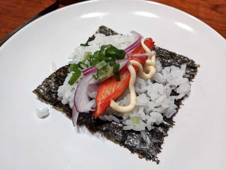 temaki DIY sushi rolls